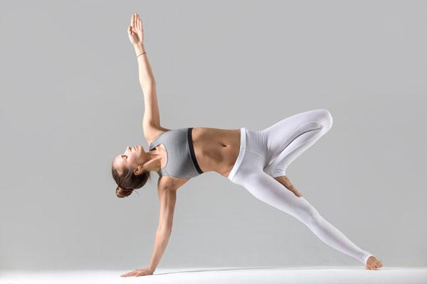 Core Yoga là gì? Lợi ích của các bài tập Core Yoga mang lại