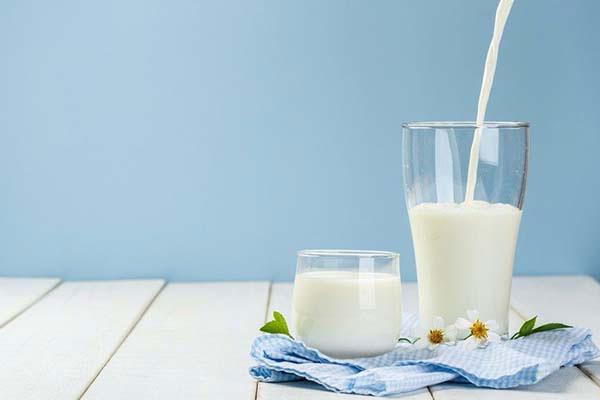 Ngoài cung cấp Canxi Sữa còn cung cấp Kẽm cần thiết cho cơ thể