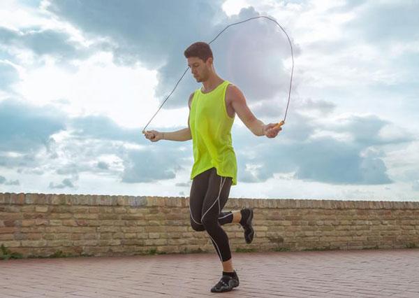Nhảy dây hỗ trợ tăng chiều cao hiệu quả