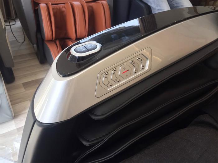 Phím ấn trên ghế massage Oreni OR-390