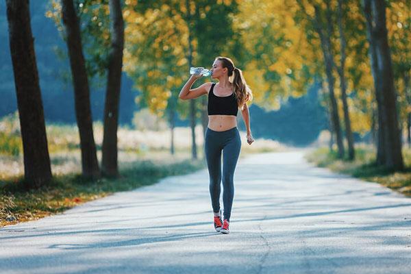 Tốc độ đi bộ trung bình bao nhiêu thì tốt cho sức khỏe?
