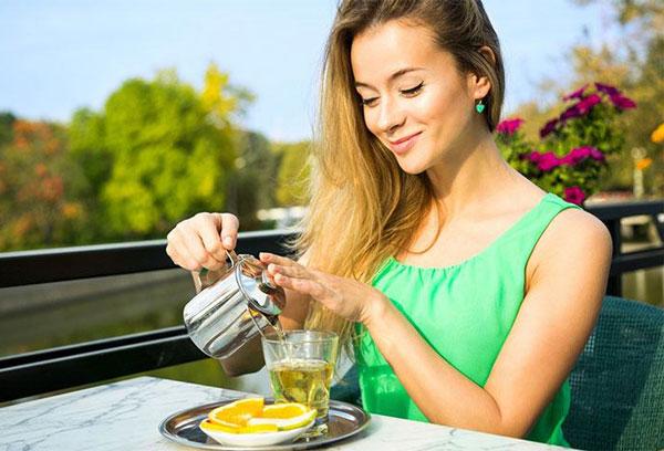 Uống trà đường có mập không? Cách uống trà không sợ béo