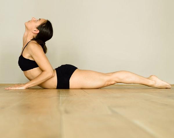 Bài tập Yoga rắn hổ mang
