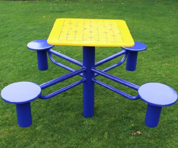 Bàn chơi cờ TT-514 phù hợp sử dụng cho công viên giá rẻ Nhất