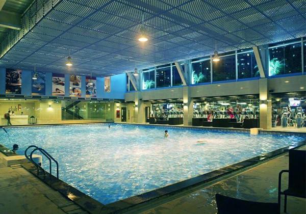 10 bể bơi trong nhà ở Hà Nội sạch đẹp và thu hút khách Nhất !