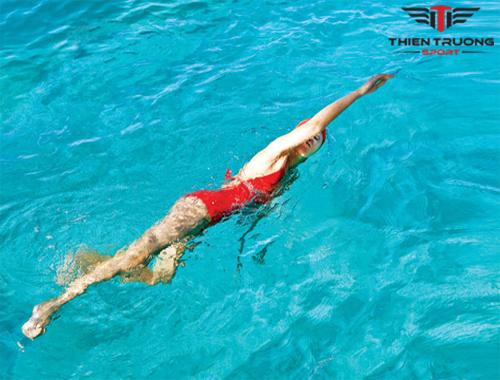 Bơi lội có giúp tăng chiều cao không? Bơi thế nào để cao hơn?