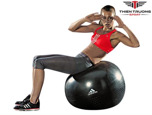Bóng tập Yoga Adidas ADBL 12247 khi sử dụng