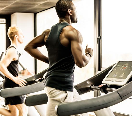 Cardio với máy chạy bộ cho người béo