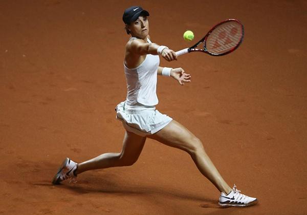 Chơi Tennis giúp đốt cháy calo nhanh