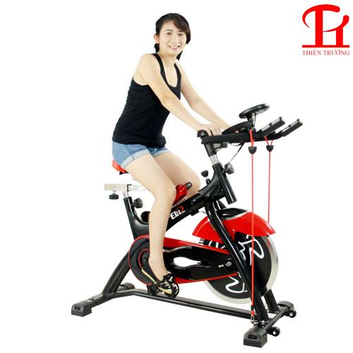 Chọn mua xe đạp tập thể dục trong nhà