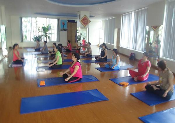 Club Yoga Quỳnh Nga