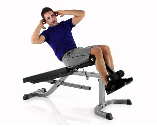 Gập bụng với ghế cong giúp giảm béo