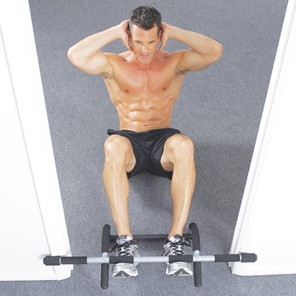 Gập bụng với xà đơn Iron Gym 1557A
