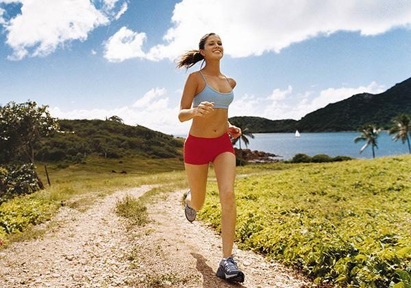 Hít thở đúng cách giúp chạy bền tốt hơn