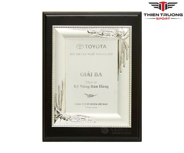Kỷ niệm chương Luxury 68022330S mạ bạch kim đẹp, giá rẻ !