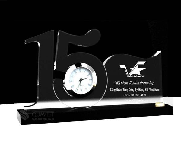 Kỷ niệm chương Mica 63101710C dùng làm quà tặng lưu niệm !