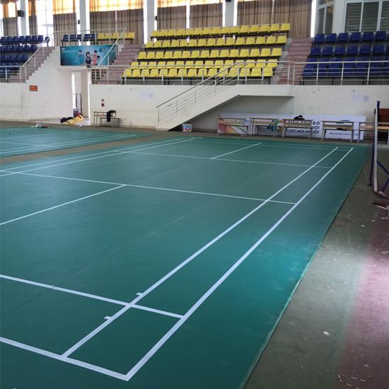 Làm sân cầu lông tại Trường Cao đẳng Cộng đồng Lai Châu