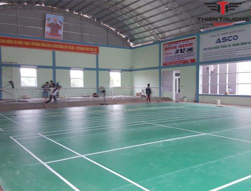 Làm sân cầu lông tại Quảng Bình