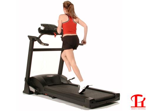 Máy đi bộ tại nhà có phù hợp để tập thể dục giảm cân không?