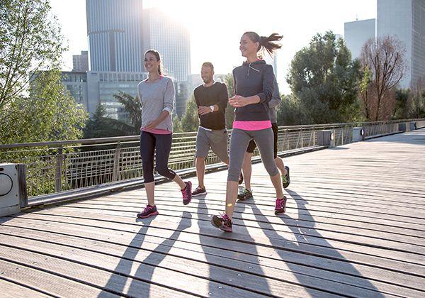 Mỗi ngày nên đi bộ bao nhiêu km để khỏe mạnh và giảm cân?