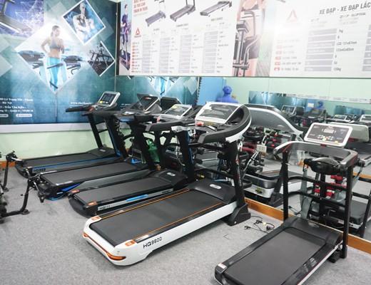 Phòng trưng bày máy chạy bộ của Thiên Trường