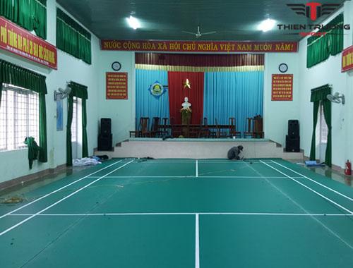 Sân cầu lông tại Trường PTDT nội trú huyện MDrăk hoàn chỉnh