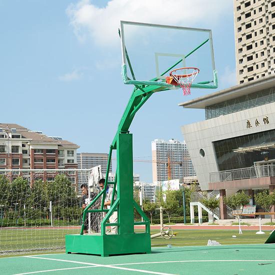 Sử dụng bảng bóng rổ kính cường lực