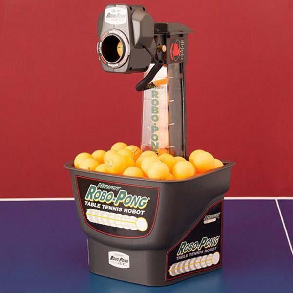 Sử dụng máy bắn Robo-Pong 540