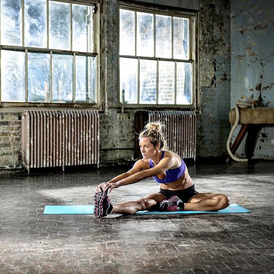 Sử dụng thảm Yoga Reebok RAMT-11024BLL