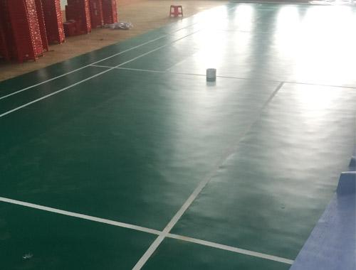 Thi công sân cầu lông tại Trường THPT Phan Chu Trinh