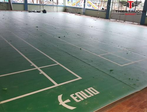Trải thảm sân cầu lông tại Quảng Bình