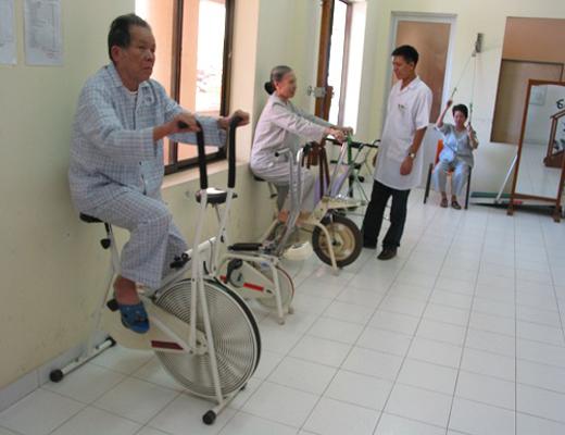 10 xe đạp tập phục hồi chức năng sau tai biến tốt nhất Việt Nam