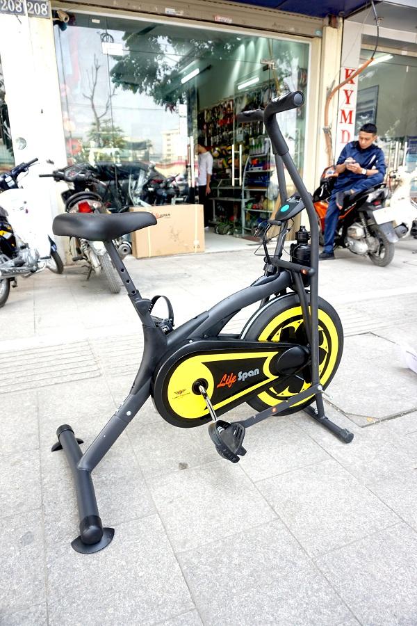 xe đạp thể dục Life Span