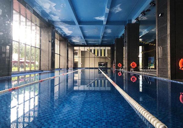 Bể bơi bốn mùa Sunrise Club