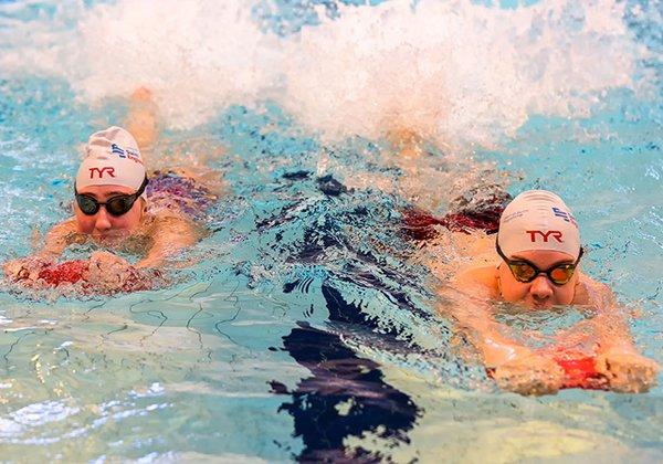 Bơi giúp tăng chiều cao ở tuổi 14