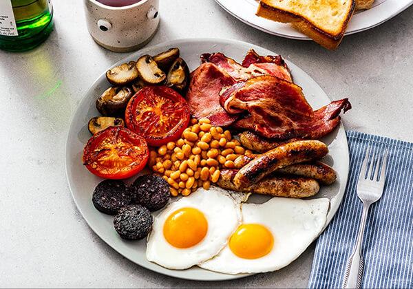 Nên ăn sáng đầy đủ đến cung cấp nguồn năng lượng cho 1 ngày dài