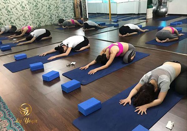 Phòng tập Yoga Bình Thạnh hot và thu hút đông người tập Nhất