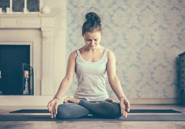 Có nên tập Yoga tại nhà không? Cần phải lưu ý gì khi tập Yoga?