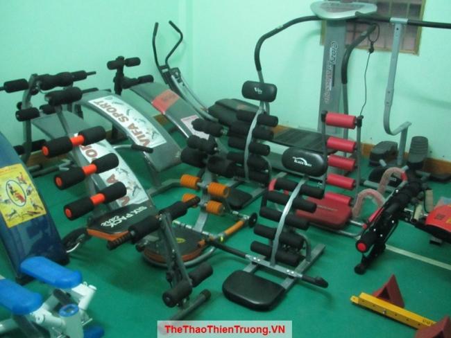 Phòng tập máy tập cơ bụng