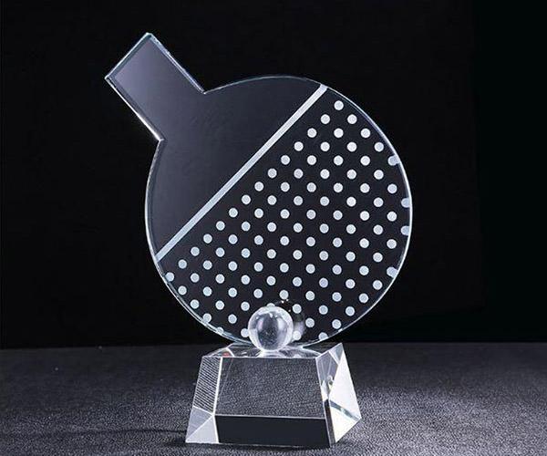 Cúp pha lê CPL 60 thiết kế đẹp mắt và dùng cho môn bóng bàn