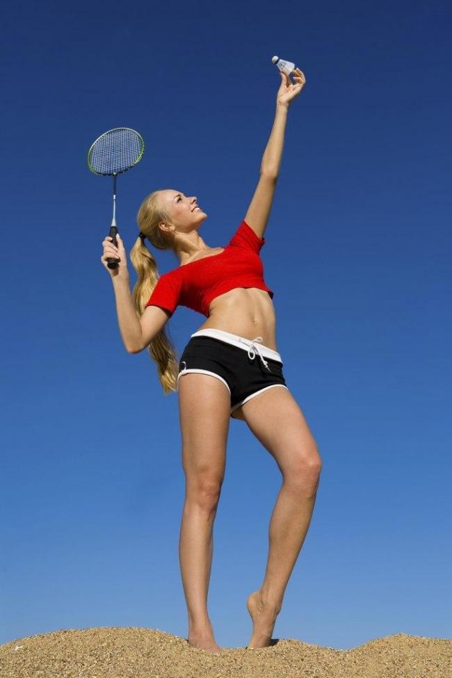 chơi cầu lông giúp thân hình thon gọn