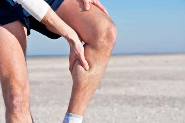 đau cơ bắp chân