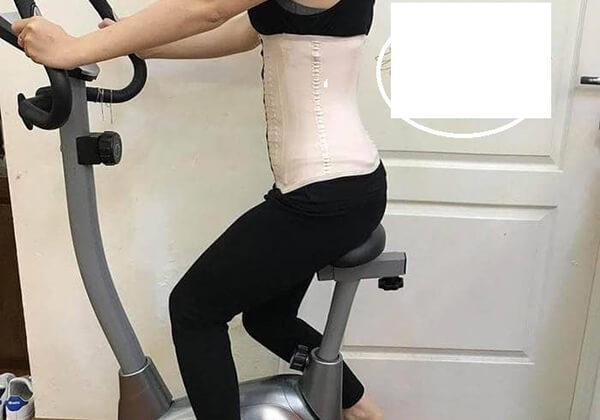 Đeo nịt bụng lúc tập thể dục để giảm eo hiệu quả