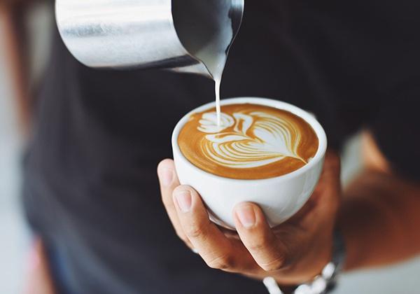 Không cho đường sữa vào cà phê