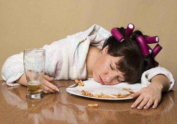 Không nên ngủ ngay sau khi ăn