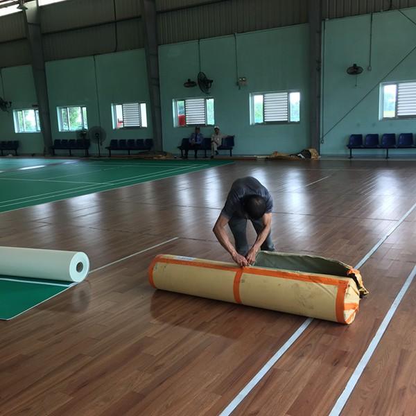 Làm sân cầu lông tại Honda Hà Nam