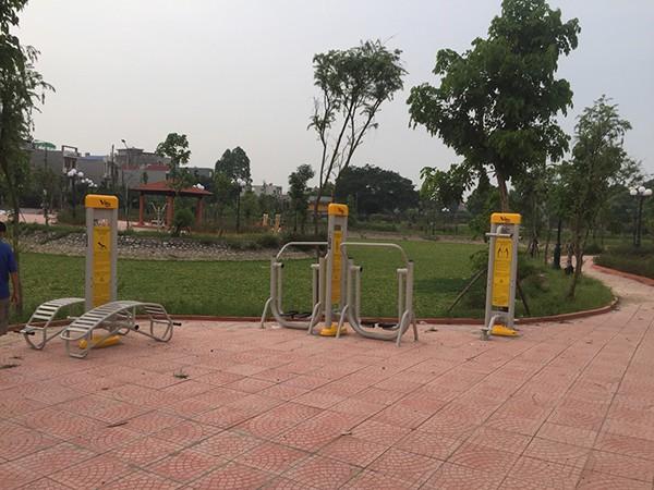 Lắp DCTT tại công viên Bắc Giang 2