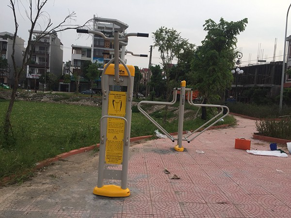 Lắp DCTT tại công viên Bắc Giang 3