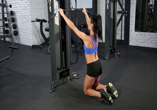 Lat PullDown thích hợp cho người mới tập Gym.
