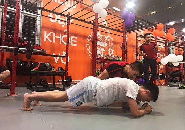 LYKOS KickFitness Hoàng Ngân